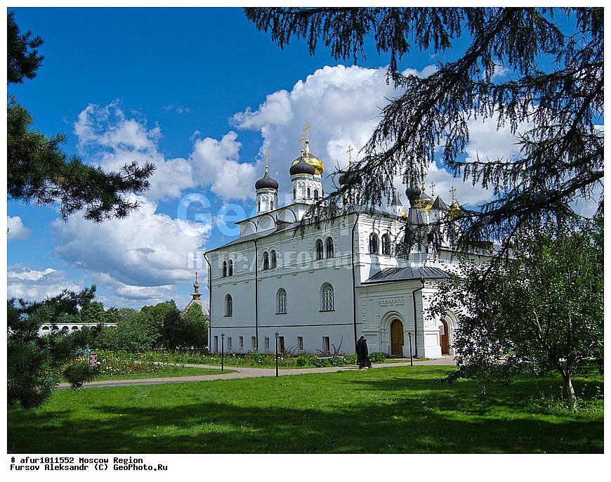 Ейске купить дом иосифо волоколамский монастырь взымаем