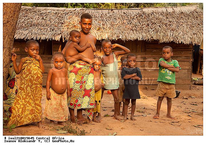Фото африканских голых женщин в деревне