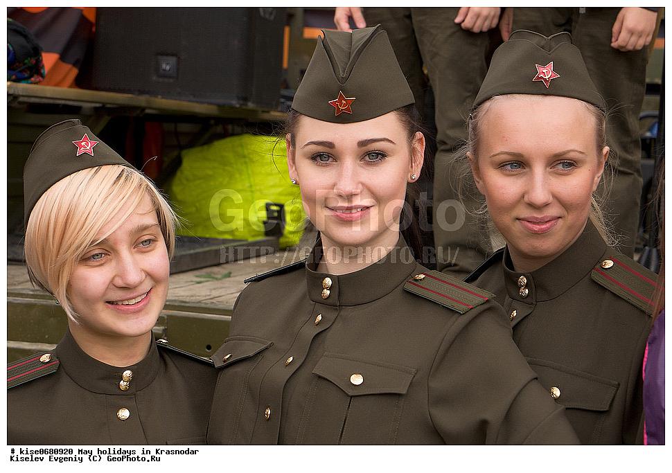 пилотки девушек фото