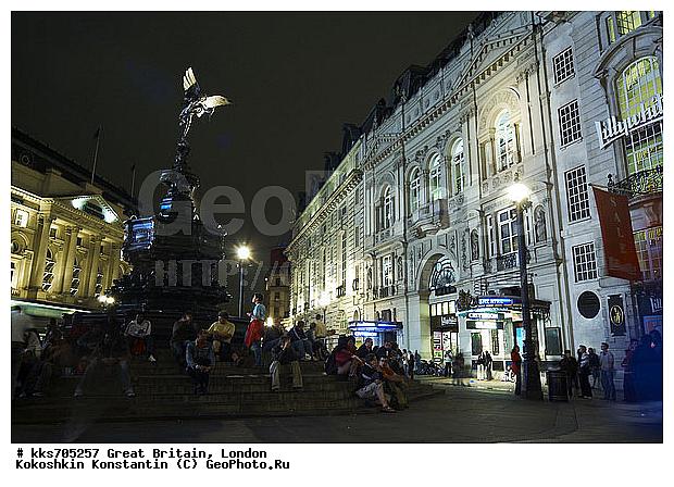 Лондон площадь виктории ночной вид