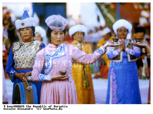 картинки традиционные костюмы народов поволжья марийский