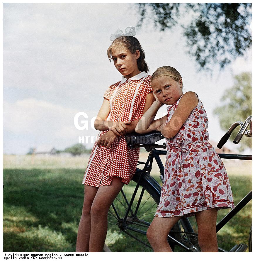 Деревенские девушки на велосипедах фото фото 581-706