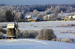 Картинки по запросу пушкинские горы зимой
